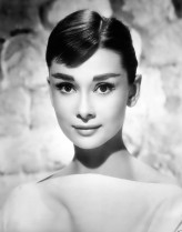 Audrey Hepburn profil resmi