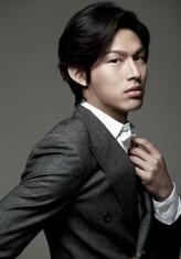 Choi Jung-won (i)