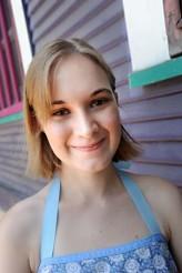 Emily Hagins profil resmi
