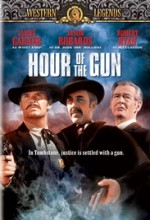 Hour Of The Gun (1967) afişi