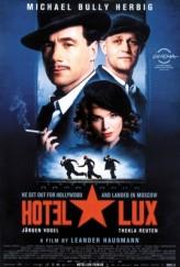 Hotel Lux (2011) afişi
