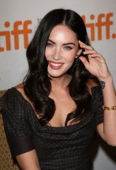 Megan Fox profil resmi
