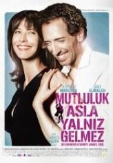 Mutluluk Asla Yalnız Gelmez (2012) afişi