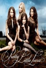 Sevimli Küçük Yalancılar (2011) afişi