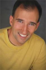 Sean Spence profil resmi