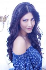 Shruti K. Haasan profil resmi