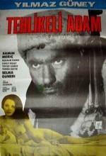 Tehlikeli Adam (1965) afişi