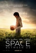 The Space Between Us (2017) afişi
