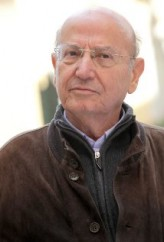 Theo Angelopoulos profil resmi