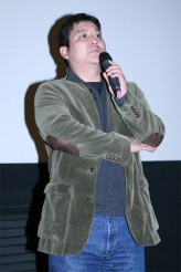 Yang Yun-ho profil resmi
