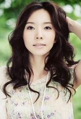 Yoon Joo-Hee profil resmi