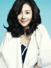 Yum Jung-ah