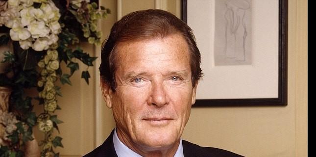 Roger Moore Hayatını Kaybetti