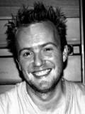 Christian Henson profil resmi