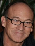 Chuck Russell profil resmi