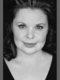 Suzanne Toase profil resmi