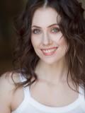 Adrienne Wilkinson profil resmi