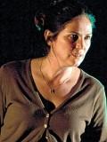 Andrea Irvine profil resmi