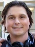 Andrew Van Den Houten profil resmi