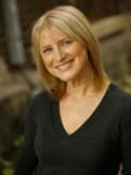 Elizabeth Lennie profil resmi