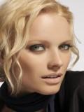 Franziska Knuppe profil resmi