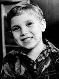 Ian Petrella profil resmi