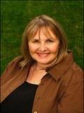 Julie Ariola profil resmi