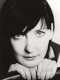 Kathy Kiera Clarke profil resmi