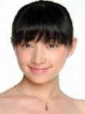 Liao Xiao Qin profil resmi