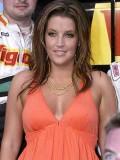 Lisa Marie Russell profil resmi