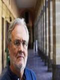 Manuel Gutiérrez Aragón profil resmi