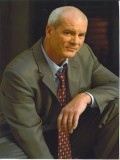 Michael Shamus Wiles profil resmi