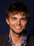 Nick Thune profil resmi