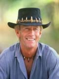 Paul Hogan profil resmi