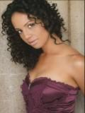 Salina Duplessis profil resmi