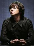 Sung Si Kyung profil resmi