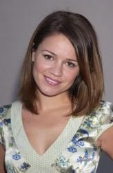 Anna Belknap profil resmi