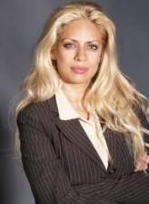 Dita De Leon profil resmi