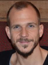 Gustaf Skarsgård