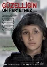 Güzelliğin On Par' Etmez (2012) afişi