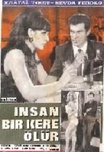 İnsan Bir Kere Ölür (1966) afişi