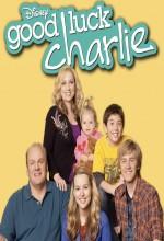 Iyi şanslar Charlie (2010) afişi