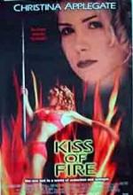 Kıss Of Fire (claudine's Return) (1998) afişi