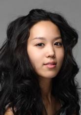 Kim Hee-jung (ii)
