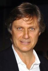 Lasse Hallström profil resmi