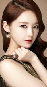 Kang Min-kyeong