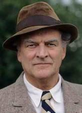 Moray Watson profil resmi