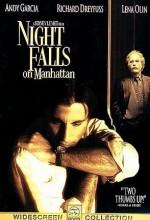 Night Falls On Manhattan (1996) afişi