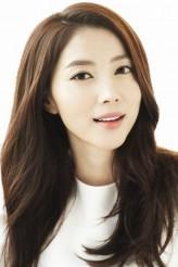 Oh Yoon-Ah profil resmi