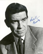 Robert Beatty profil resmi